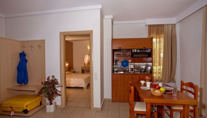 Caravel Apartment Hotel - Inside APARTMENT type photo